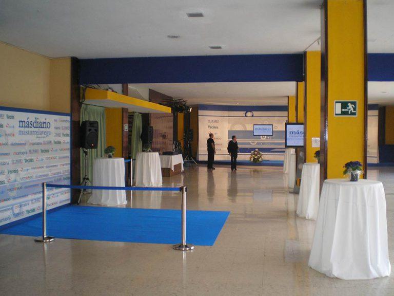 Sala de eventos preparada