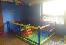Zona de juegos infantil parque